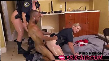 Police wants to fuck - sex-aid.com 5 min