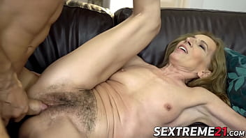 Naughty mature lady has her hairy pussy licked and drilled