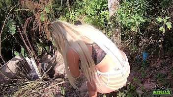 Wanessa Boyer on the climb in the woods with his short shorts tucked in the tail 12 min