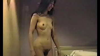 Japanese 26years woman 個人撮影 Play in Bed