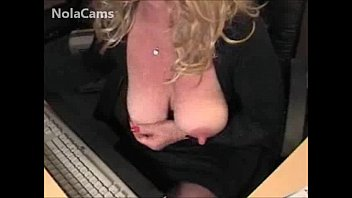 Blonde MILF - Big Clit And Squirting Pussy On Webcam CAMKID