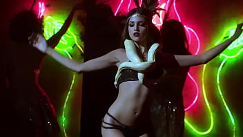 Eiza Gonzalez - Performs exotic dance on stage - (uploaded by celebeclipse.com)