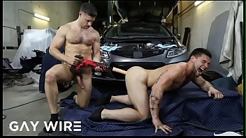Gay porn sexy abs Gaywire - tristan jaxx pays the mechanic aspen with his ass