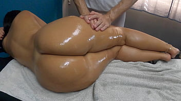 Latina Biggest Oiled Ass Ever Seen Gets Spanking Fingering Pussy Fuck Sensual Massage by her Masseur