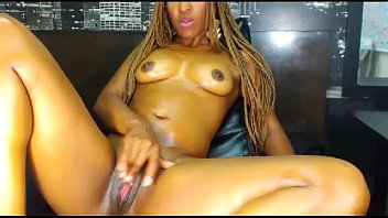 Streaming Video hot ebony masturbate on webcam - livemonique.com - XLXX.video