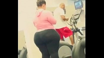 Big ass wide hips at GYM