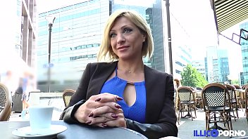 Lisa, belle milf corse, vient prendre sa double peì�neì� aì€ paris [full video]