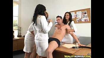 Brianna Beach, Francesca Le & Shy Love are the kinky jury in this cock casting!