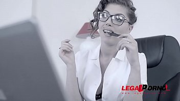 Job interview with nerdy babes Bijou & Donna Bell leads to XXX threesome GP638