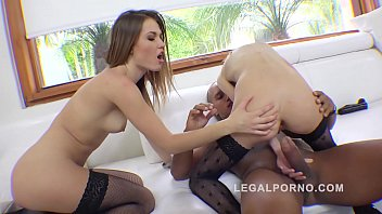 Gapefarting Sluts Ginger Fox &amp_ Daisy Duke Anal Threesome
