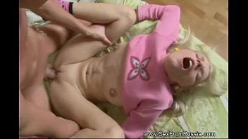 Deepest Anal Gaping Russian Teen