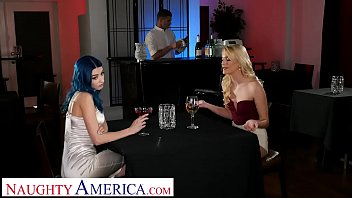 Naughty America Kenna James and Jewelz Blu give the waiter a hot threesome in an empty restaurant