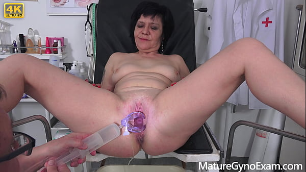 Czech grandma Charlie made to cum by freaky doctor on her gyno exam Thumb