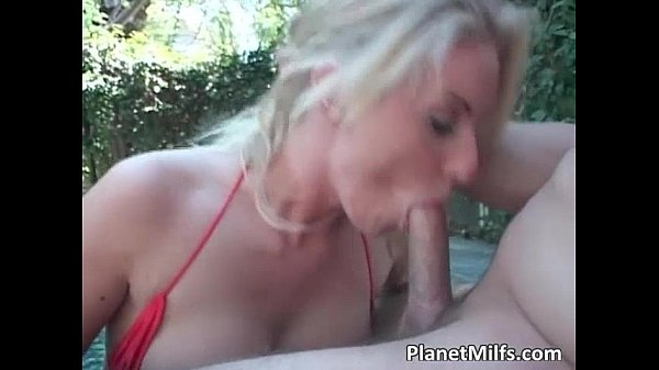 Blonde busty vixen goes down and sucks