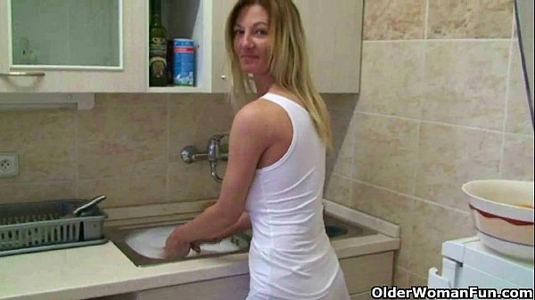 Amateur Woman: Mom's Home Made Masturbation Videos