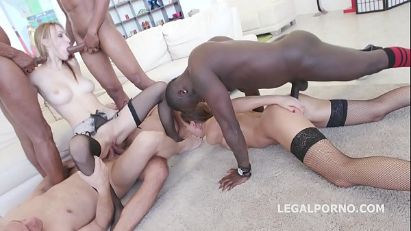 Interracial sluts Belle Clair and Tina Kay get ...