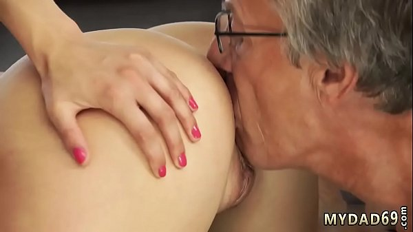 Ship blowjob Sex with her boyboss´s father after swimming pool