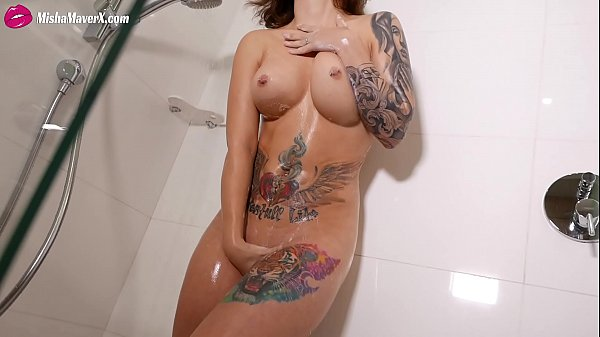 Misha Maver Perfect Body Fingering Pussy in shower