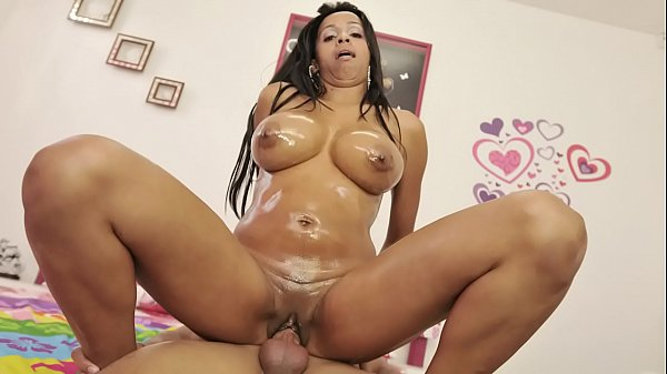 CULIONEROS - My Girlfriends Hot Colombian Mom, Carla, Wants To Fuck