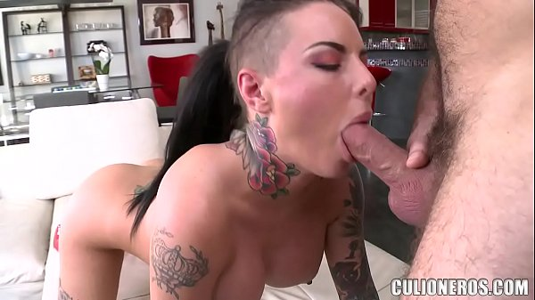CULIONEROS - Christy Mack The Pornstar Gets Her Beautiful Ass Handled On Chicas De Porno