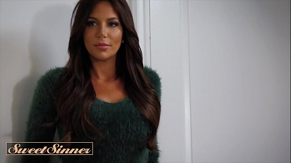 Stunning Babe With Big Tits (Jaclyn Taylor) Seduces Muscular Man To Fuck Her Hard - Sweet Sinner Thumb