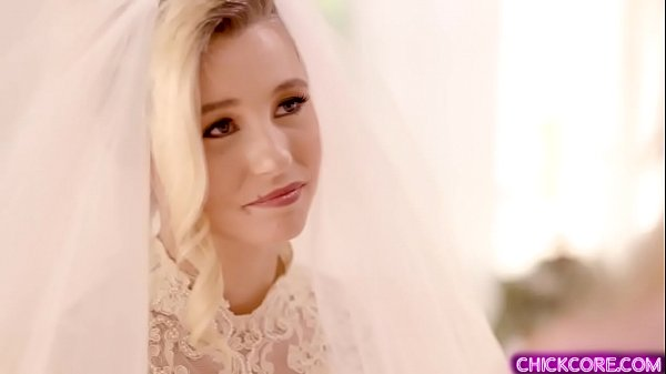 Gorgeous young bride Carolina Sweets has lesbia...