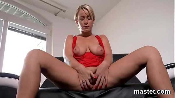Hot czech chick opens up her spread twat to the unusual Thumb