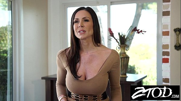 Kendra Lust is a big ass milf who loves big cock Thumb