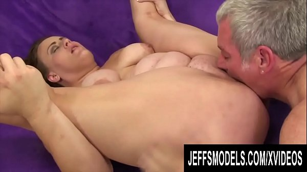 Jeffs Models - Fat Babes Getting Eaten Out Comp...