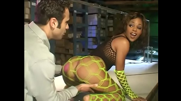 Cute ebony whore Marie Luv goes up the old dirt road with head of shift