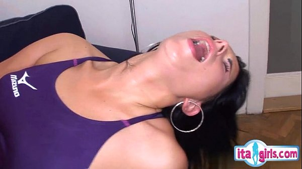 Sexy housewife dirty anal Thumb