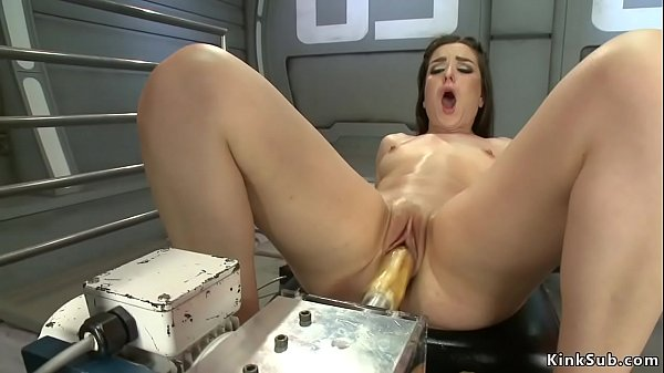 Machine fucking all holles to brunette Thumb