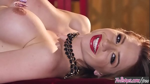 Twistys - Veronica Vain starring at Shes So Vain