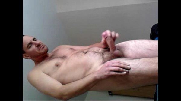 male-wanking-and-shooting-spunk-tube