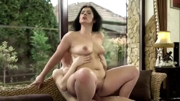 Fat ass mom secretary fucks on the couch with young lawyer son - PornoGozo.com Thumb