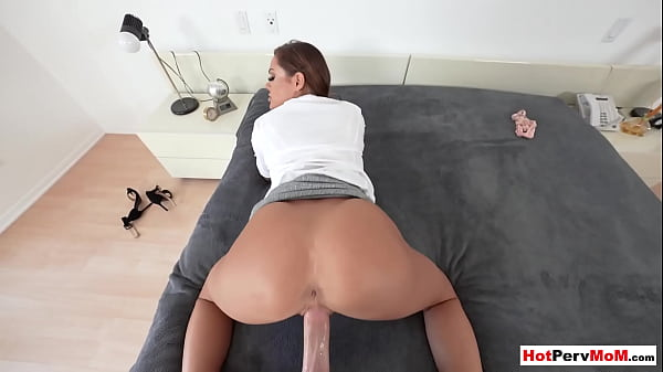 Classy MILF stepmom Aila Donovan fucked from behind by her stepson