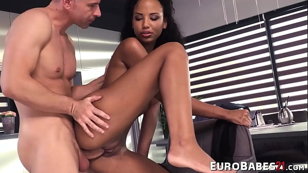 Foot fetish Euro cutie Romy Indy toe licked after horny BJ
