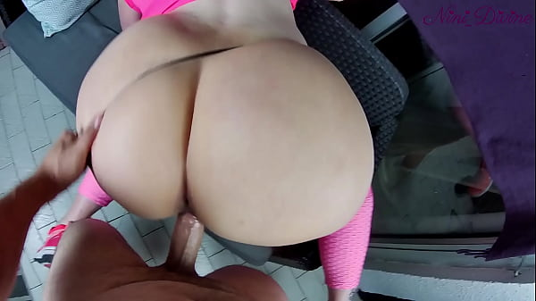 Stepsister wants to get her big ass fucked during her sport