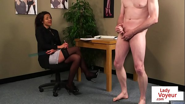 British office voyeur tells her sub to jerk Thumb