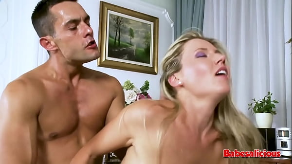 Babesalicious - Acrobatic Babe Riding my Cock Like a Gymnast