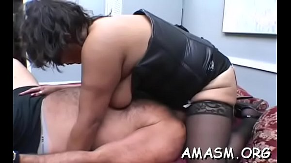 Slutty sweethearts sharing cock in female domination xxx