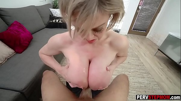 Busty MILF stepmom makes happy with huge boobs a stepson