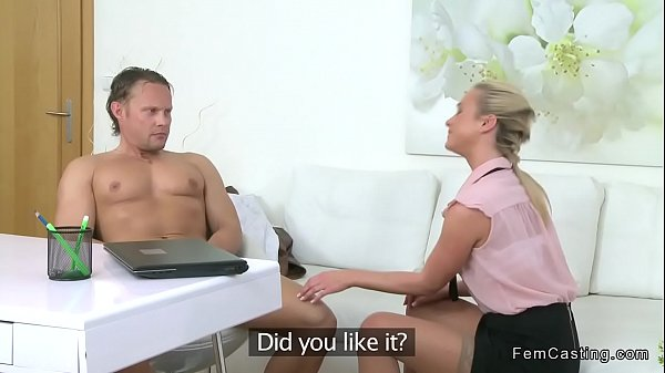 Muscular guy fucks agent in stockings