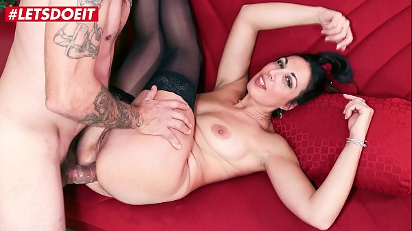AMATEUR EURO - Italian Babe Margot Rossini Takes Anal And Pussy Fuck In Casting