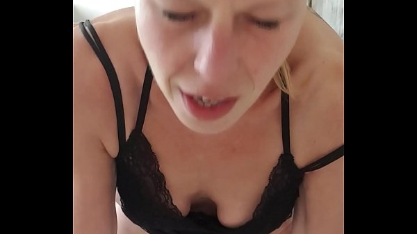 Hot milf in lingerie gets oral Thumb
