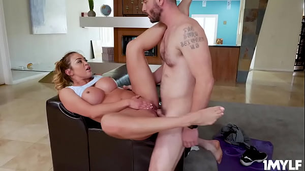 Mike cant take his eyes off of Mia's luscious t...