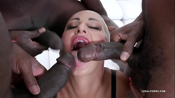 Lolly Glams enjoys anal fucking with 3 BBC IV529