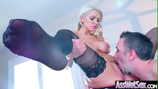 Lovely Girl (Kenzie Taylor) With Big Ass Get Oiled And Hardcore Anal Sex mov-17