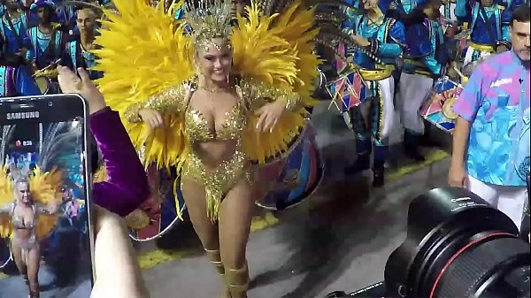 Ellen Rocche parading in the carnival special group Thumb
