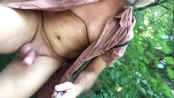 Walking and wanking in the nude
